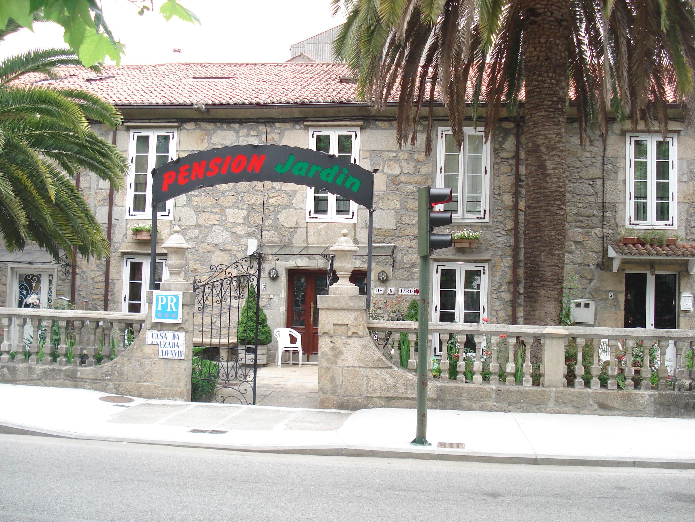 Caminho portugu s medieval 2012 ddr bttap lia durosderoer - Pension jardin padron ...